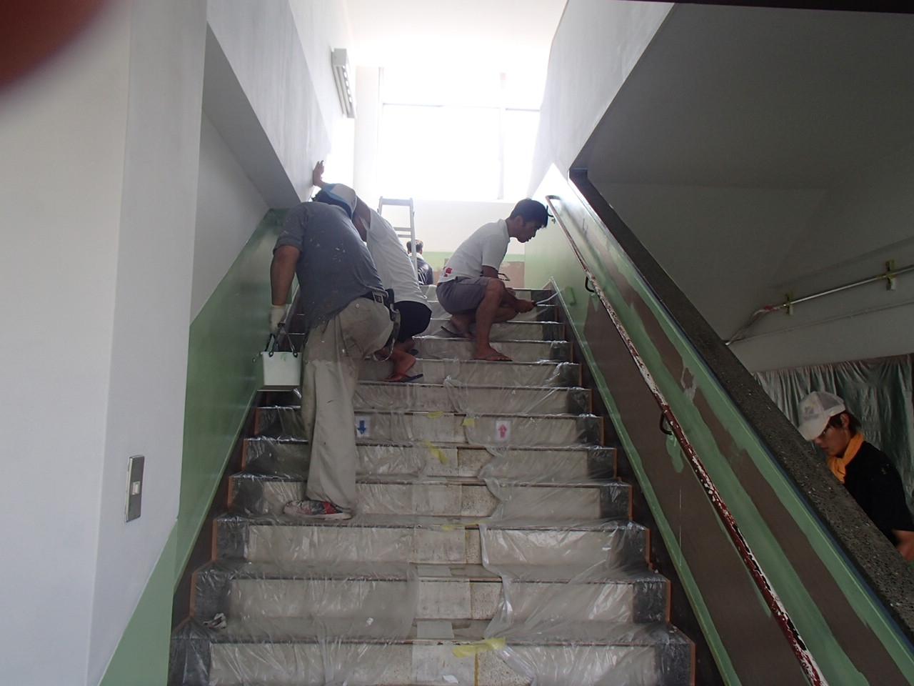 京都市西京区樫原小学校先生方と壁塗り替えの施工後写真その2