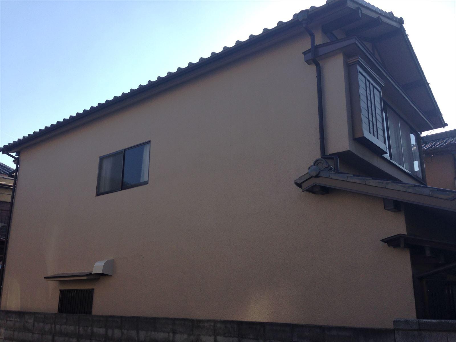 伏見区野辺様邸東面外壁塗り替え工事の施工後写真その1