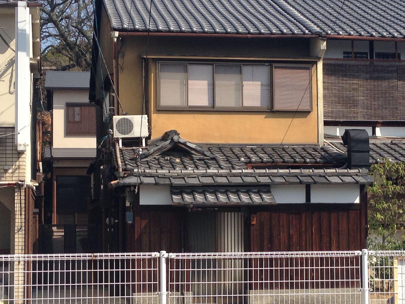 伏見区米井様邸外壁塗り替え工事の施工前写真その1