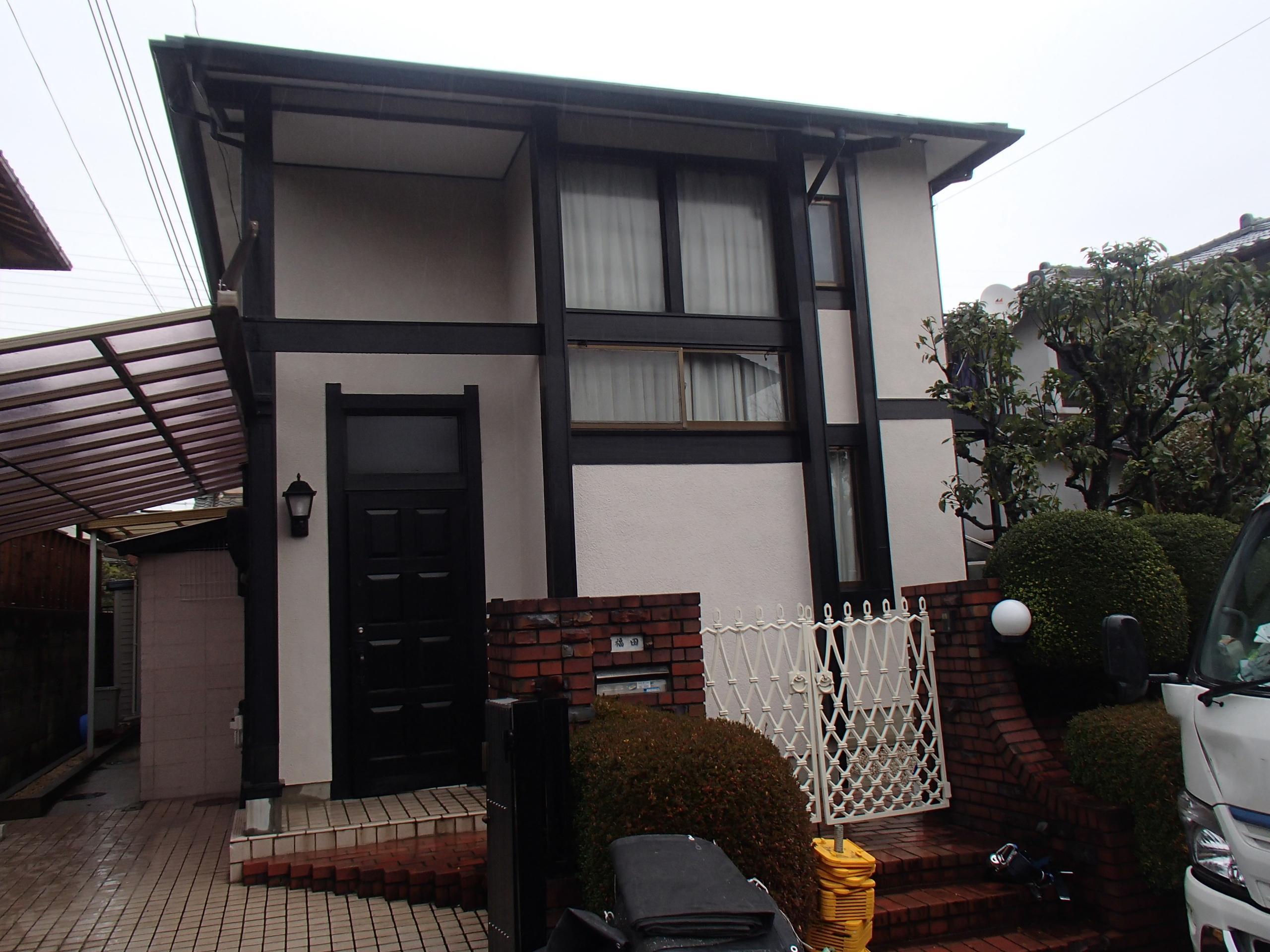 西京区福田様邸外壁塗り替え工事の施工前写真その1