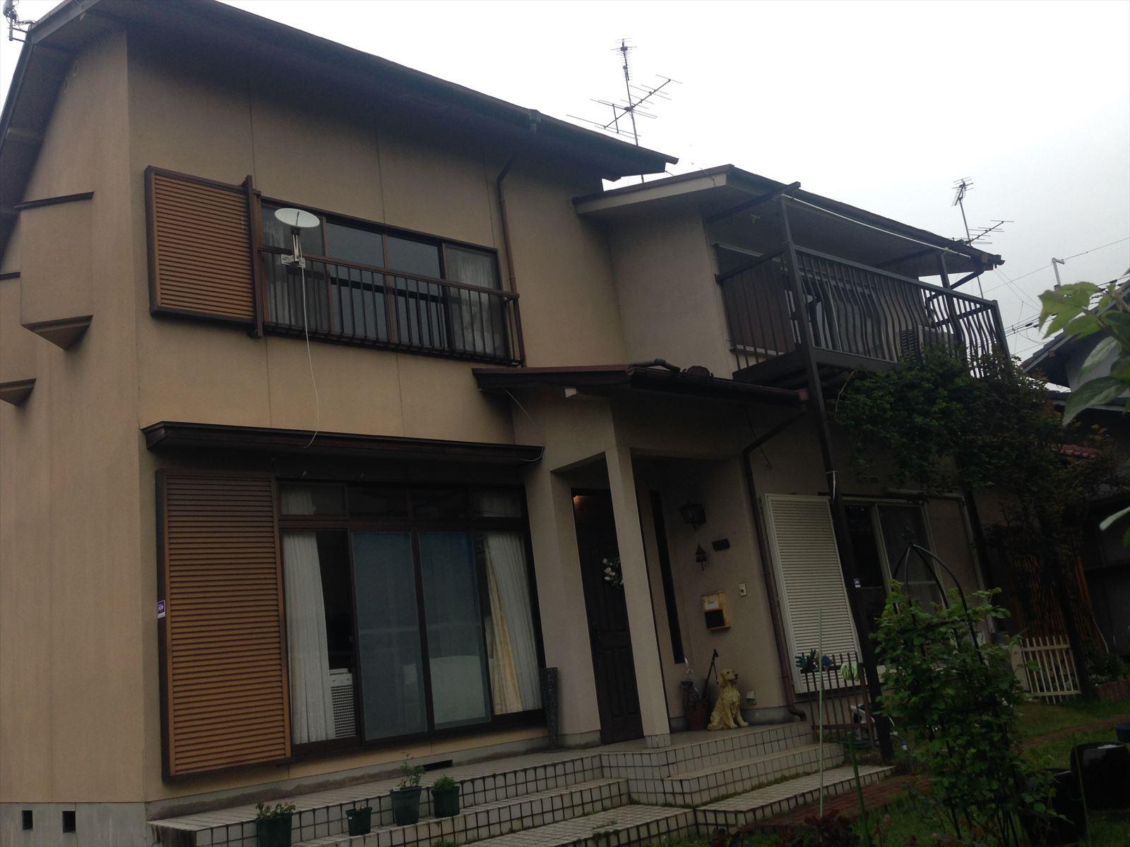 伏見区石橋様邸外壁・屋根塗り替え工事の施工前写真その1