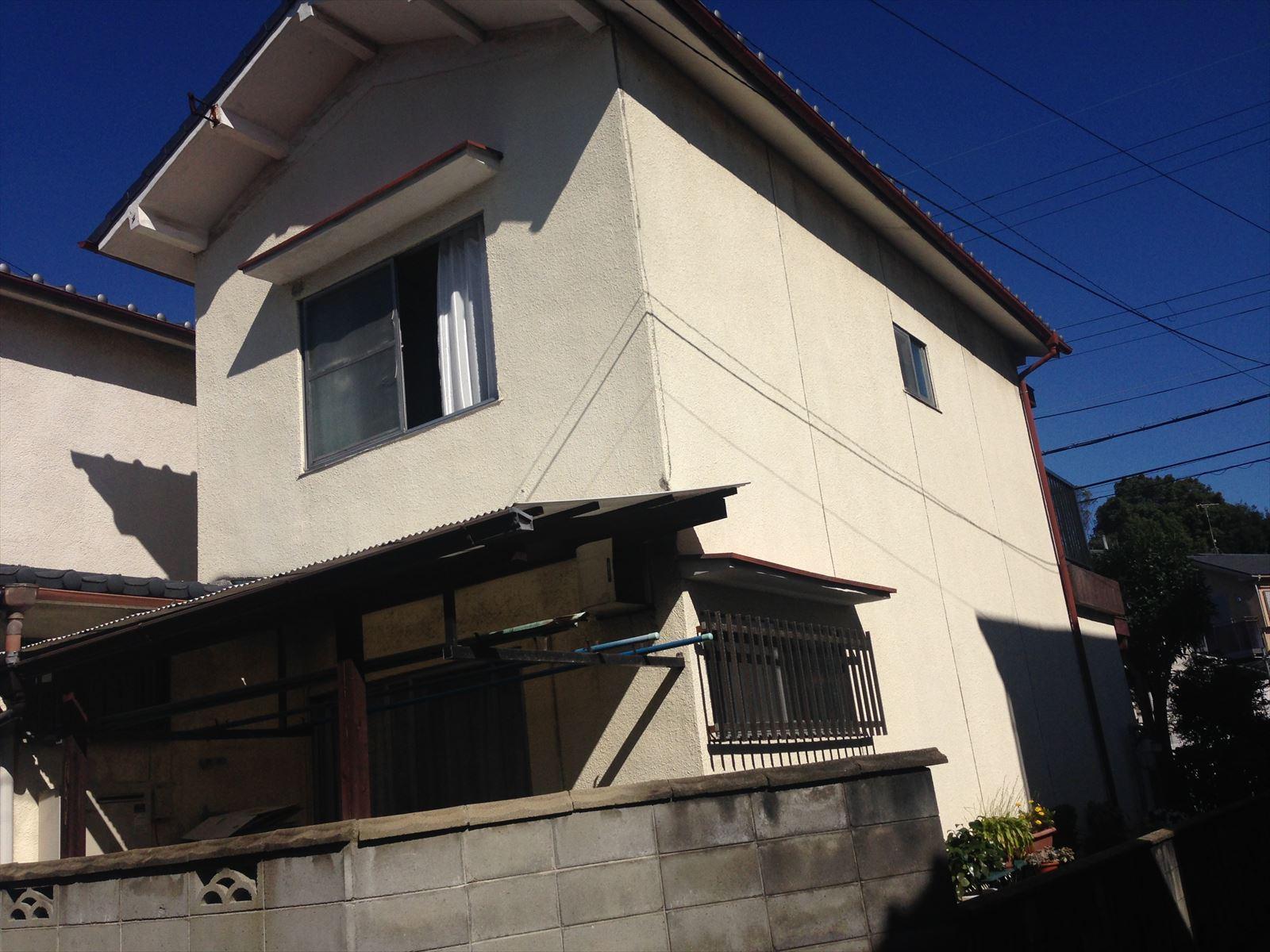 伏見区田中様邸外壁塗り替え工事の施工前写真その1