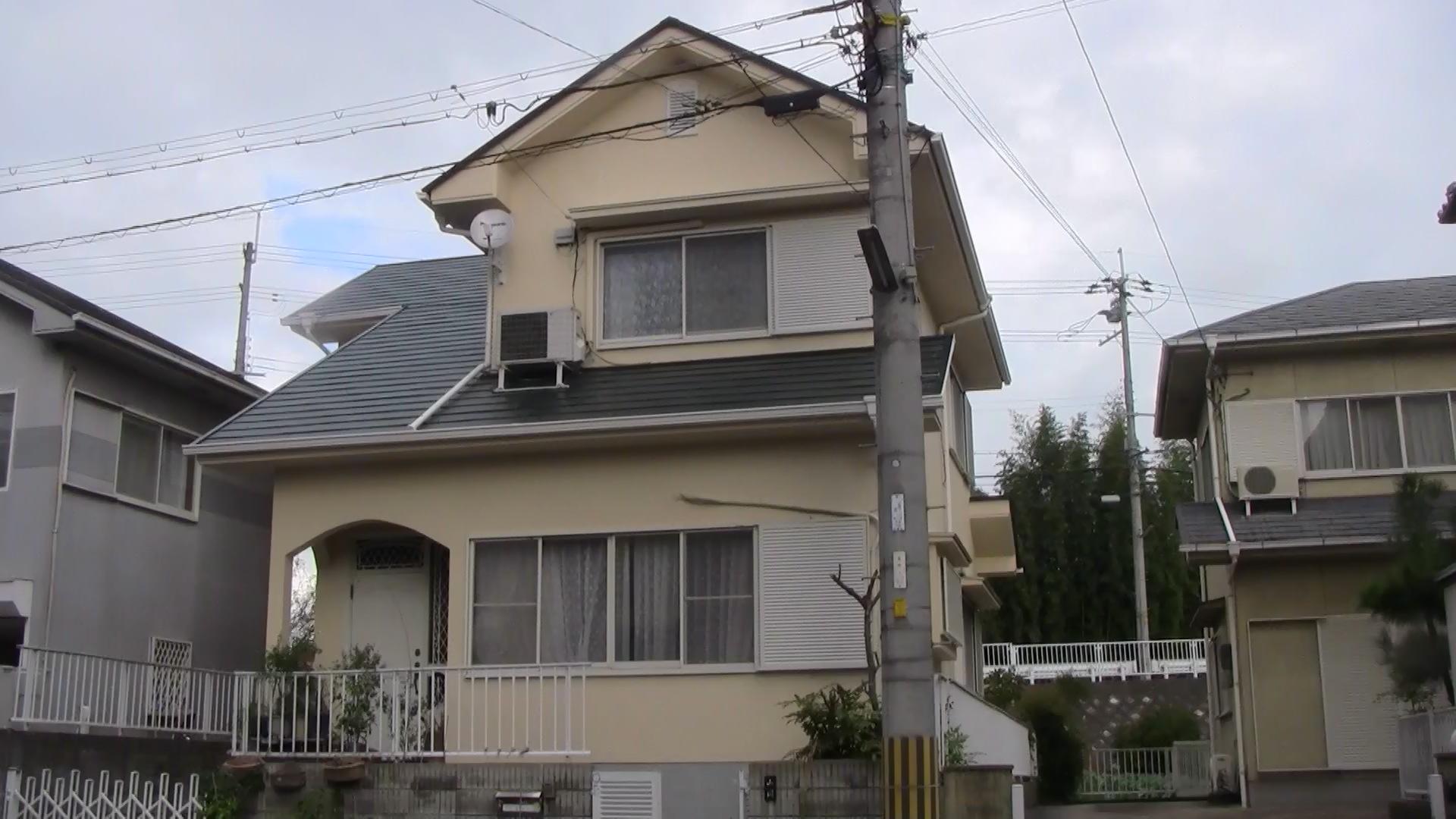 城陽市山岡様邸外壁・屋根塗り替え工事の施工後写真その1