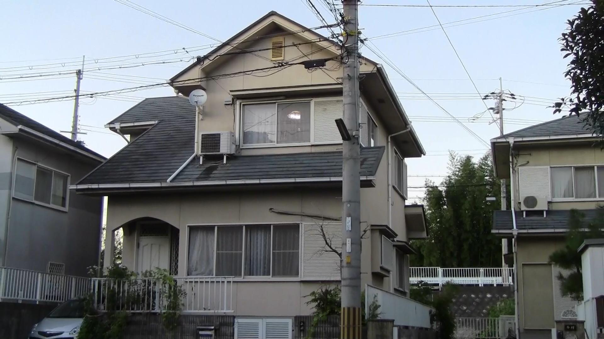 城陽市山岡様邸外壁・屋根塗り替え工事の施工前写真その1