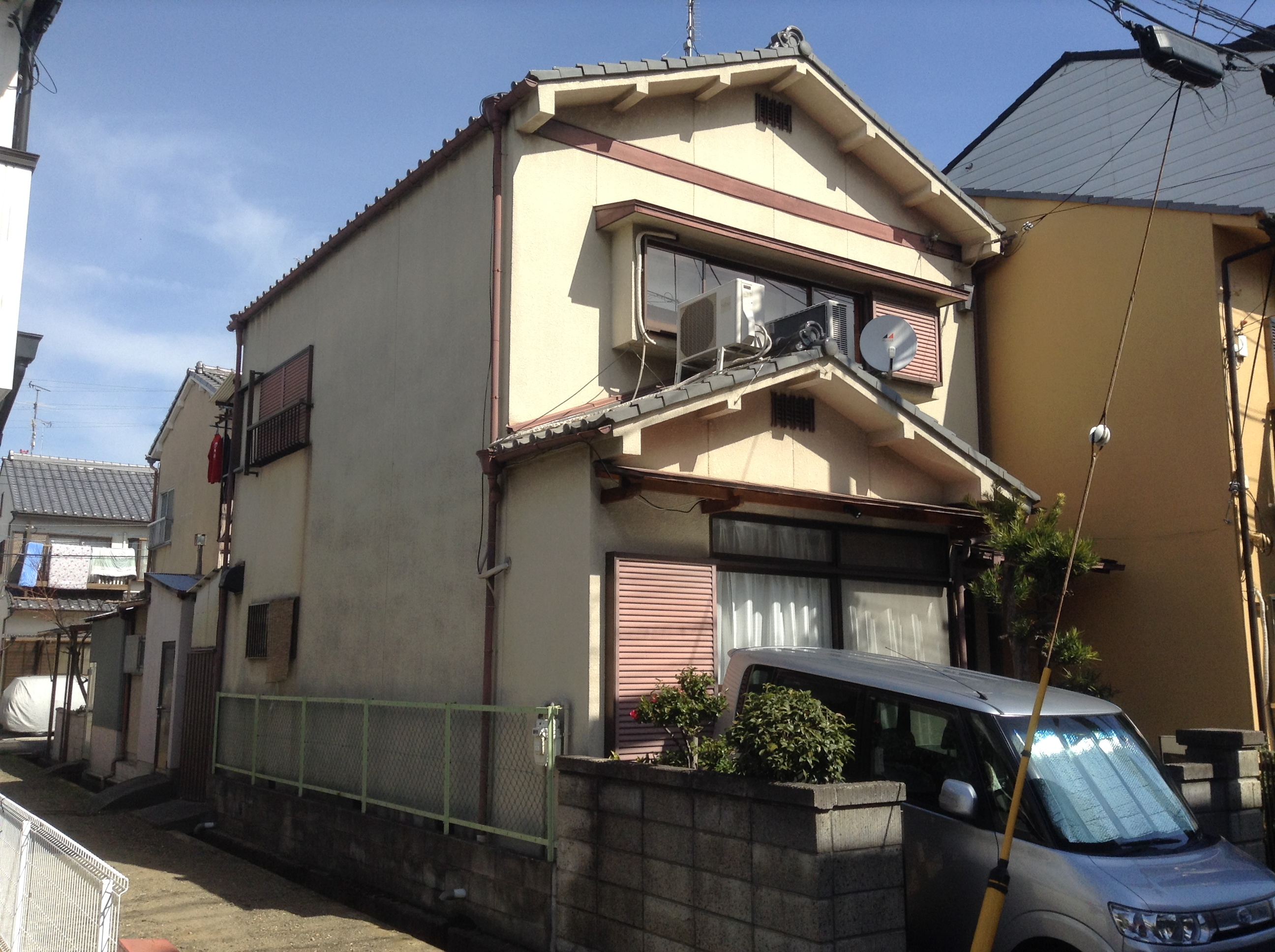 向日市中田様邸外壁塗り替え工事の施工前写真その1