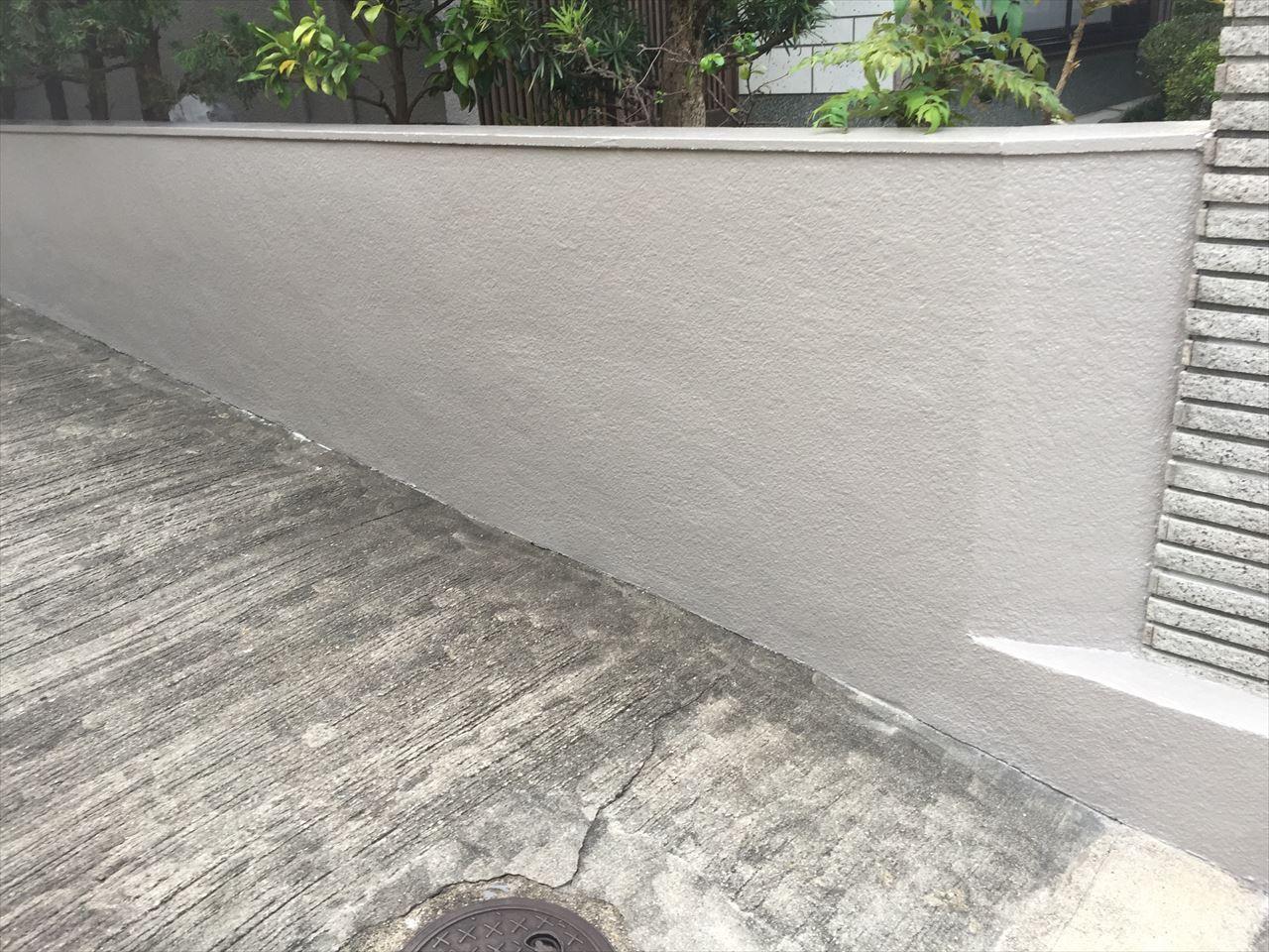 伏見区田中邸様塀塗り替え工事の施工後写真その1