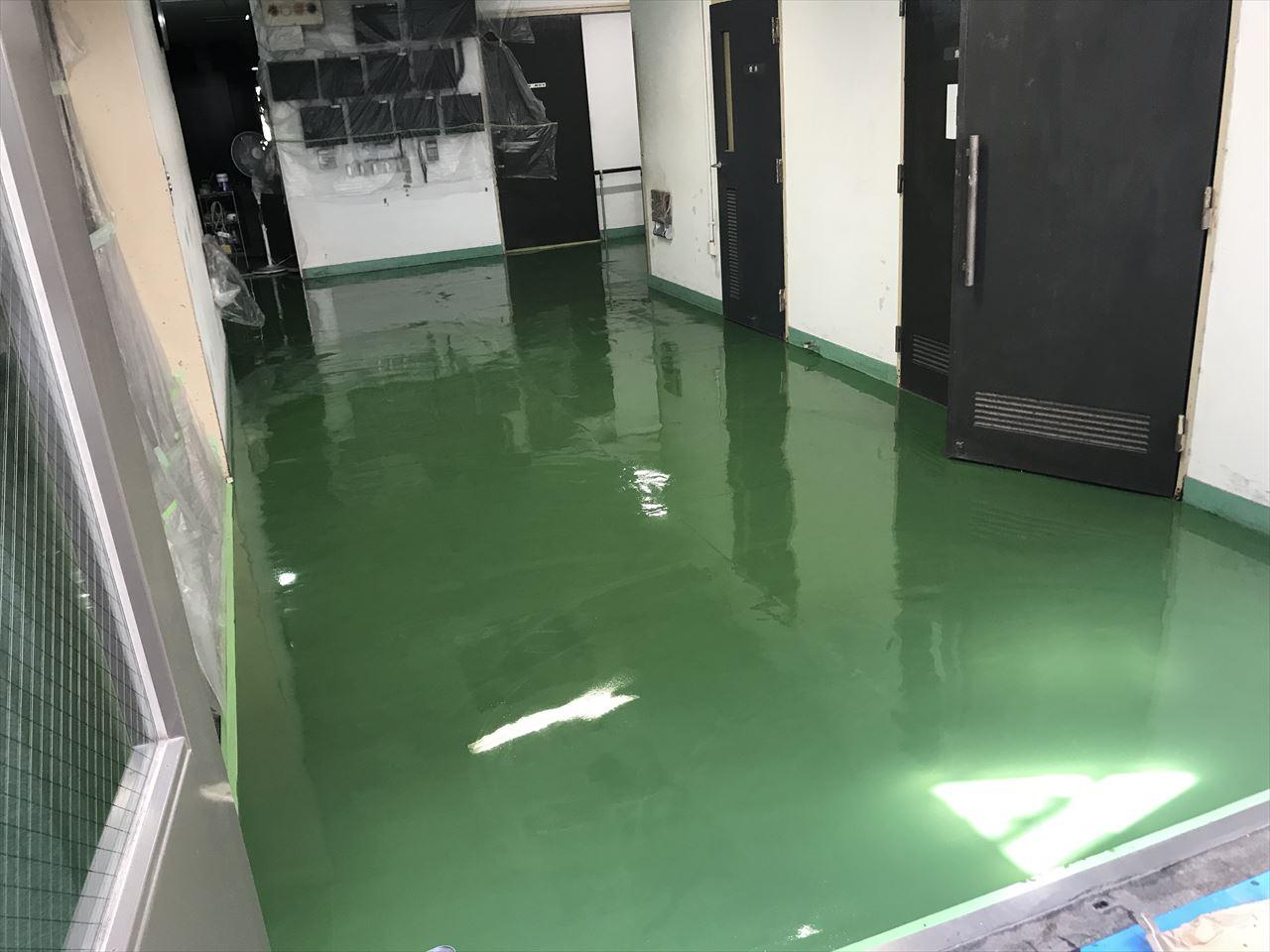 南区M工場床超速乾MMA塗りの施工後写真その1
