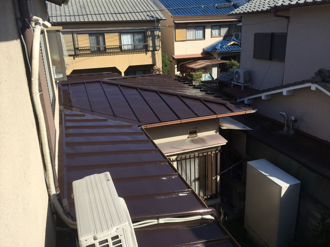 西京区村上様邸瓦棒屋根塗り替えの施工後写真その1